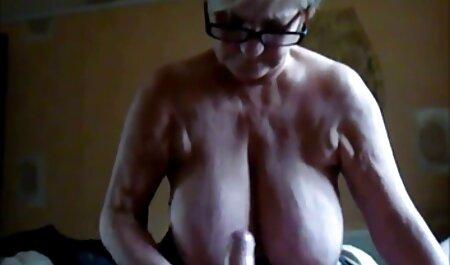Surfista adulto atornilla petardas sexo gratis la piscina
