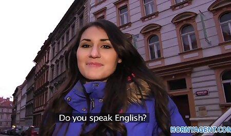 Chica posando en video de petardas la webcam