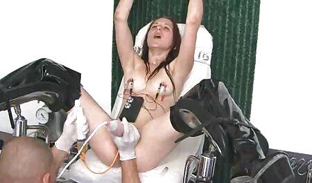 Angelina toma la falta en su boca petardas morenas y chupa POV