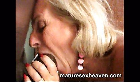 Señoras y caliente Elena chupando rábano picante revuelta petardas doctoras