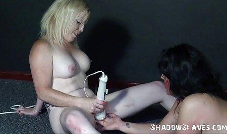 Lesbianas sexo con un consolador y chupa petardas culonas negras hombre