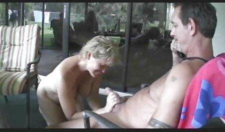 Tocar e insertar videos lesbianas petardas un dedo en la Vagina