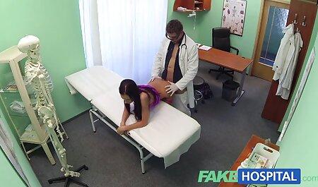 Sexo en la sala de estar dos jóvenes y sexy petasdar