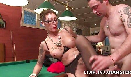 El sexo es hermoso y lleno de pasión por dos petardas full hd lesbianas deslumbrantes